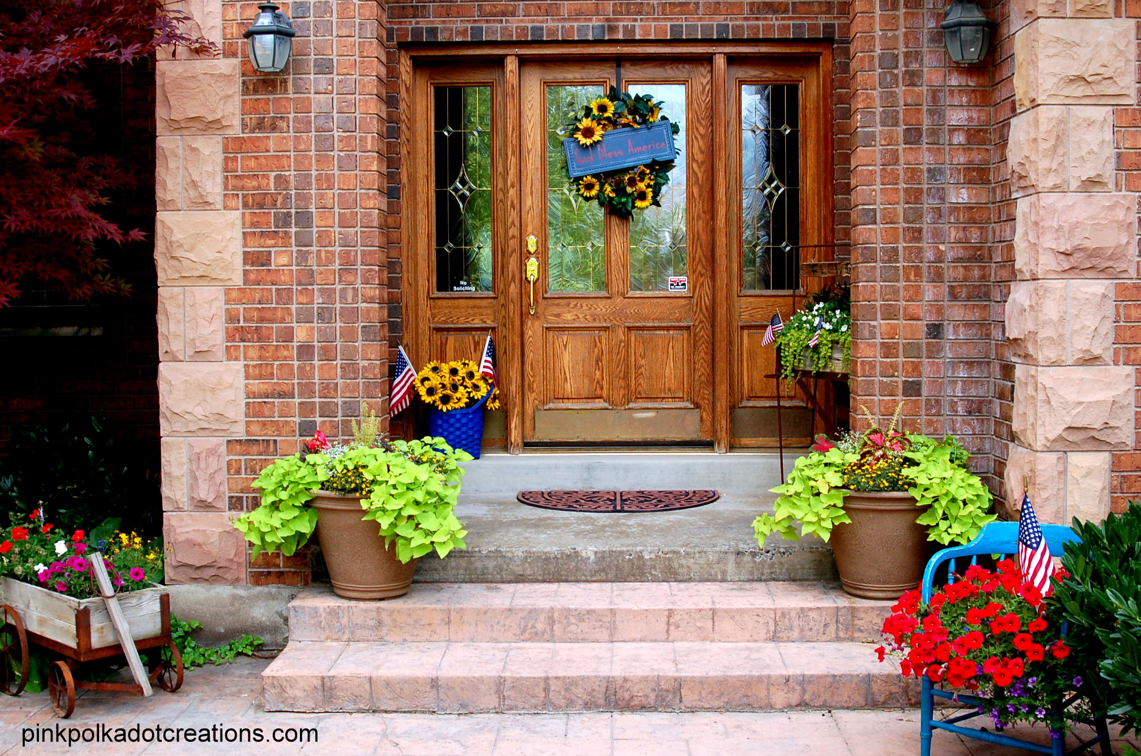 Summer Front Door Decor