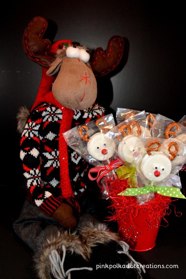 Oreo Cookie Reindeer