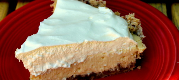 sour cream lemon pie with pecan crust