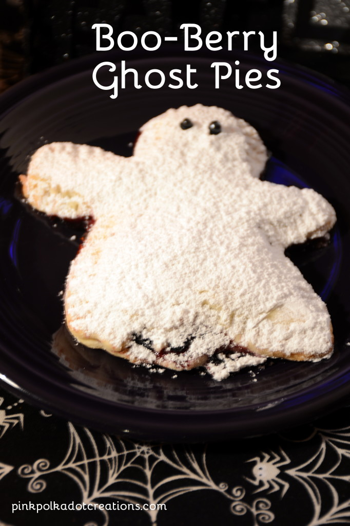 boo-berry ghost pies