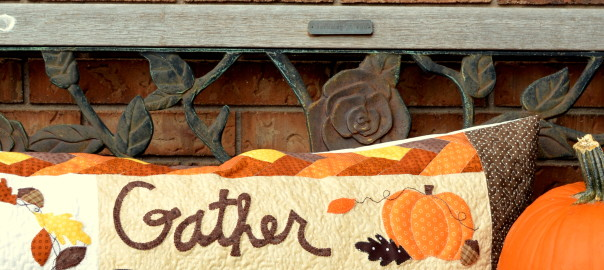 Thanksgiving bench pillow