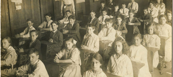 Old-Photo-Back-to-School-Children